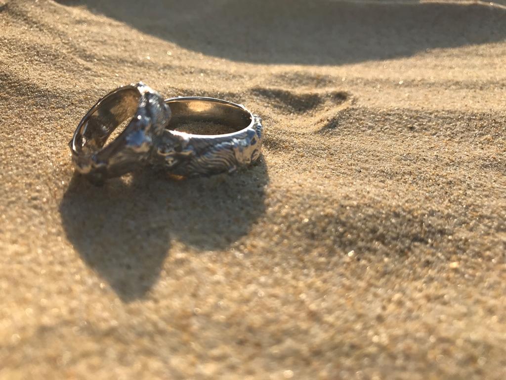 Обручальные кольца с волками