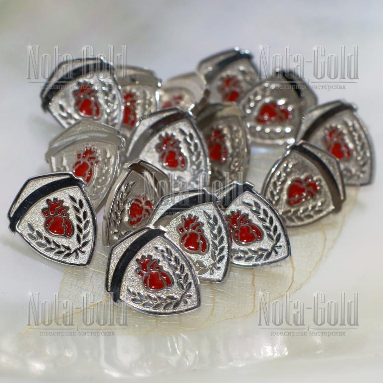 Значки из серебра с эмалью