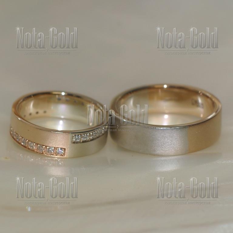 Двухцветные обручальные кольца на заказ